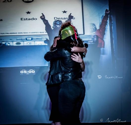 abrazo final